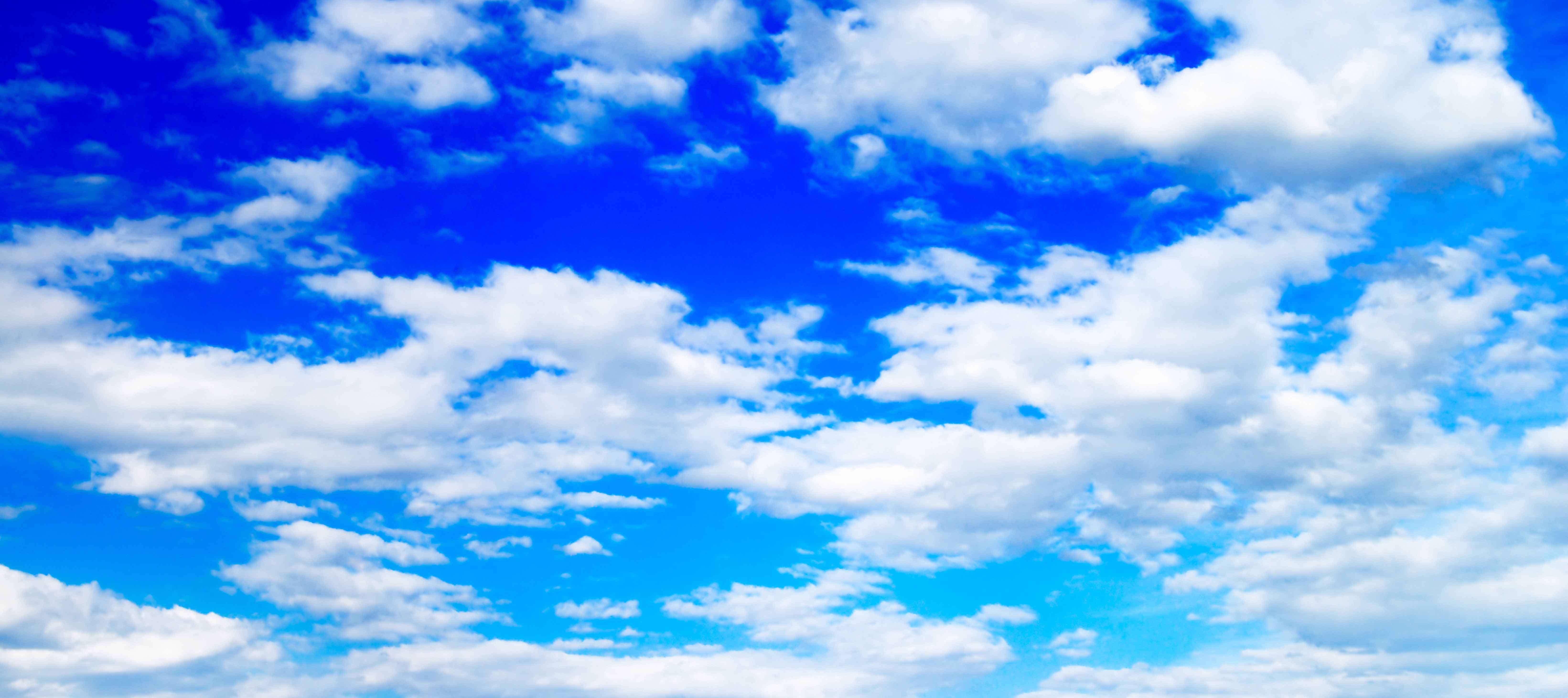 مجموعه پنج تصویر با کیفیت در موضوع ابر