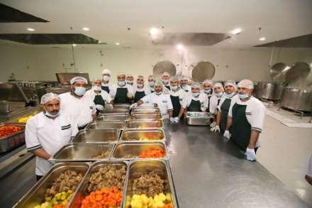 گزارش تصویری از آشپزخانه حجاج ایرانی در مدینه منوره