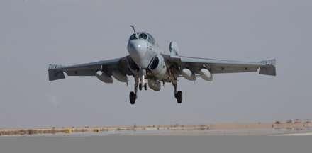 هواپیمای جنگنده EA-6B Prowler