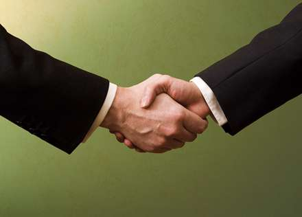 همکاری تجاری