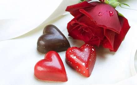 شکلات های قلب شکل