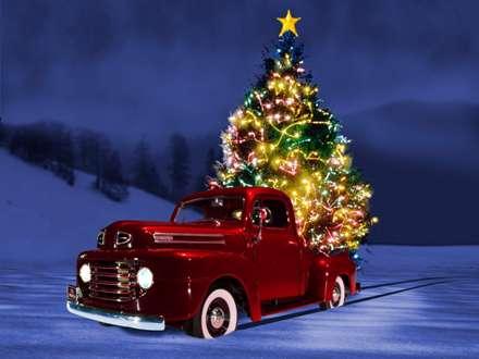 ماشین حامل درخت کریسمس