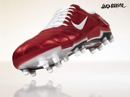کفش فوتبال قرمز نایکی