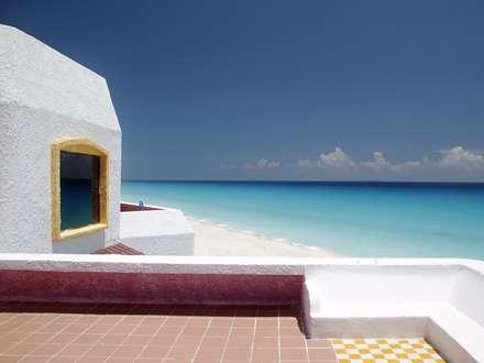 خانه ساده ساحلی