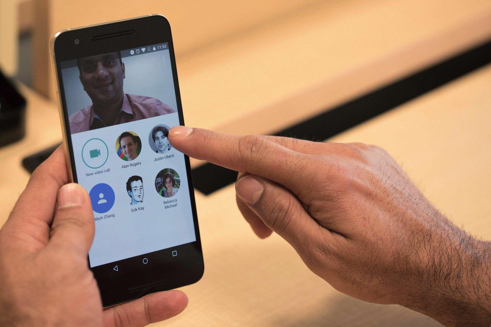 دانلود نرم افزار مکالمه ویدیویی گوگل Google Duo 2.0.134342967 برای اندروید
