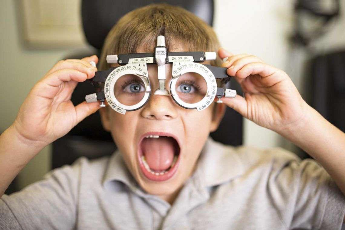 دانلود نرم افزار چشم پزشکی iCare Eye Test Pro 3.0.0 برای اندروید