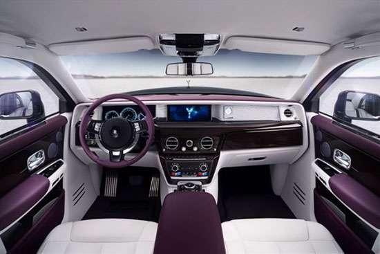 10 خودروی لوکس با امکانات و تکنولوژیهای مدرن