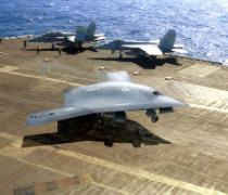 ВМС США проводят в Персидском заливе близ побережья Ирана крупные военные учения