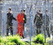 Guantanamo da 18 tutuklu Afganistan'a götürüldü