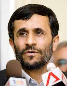 Ahmedinejad: Nükleer faaliyetlerimizi durduracaksak, Batı da durdurmalı