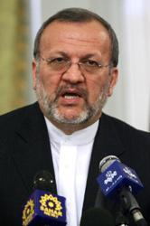 Mutteki: İran nükleer meselesi konusunda kapsamlı bir formülü memnuniyetle karşılar