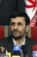 Ahmedinejad: İran aleyhindeki kararlar İran'ı barışçıl nükleer enerji elde yolunda geri adım attırmayacaktır