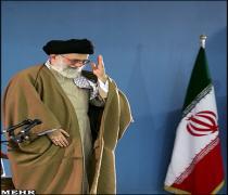 Ayetullah Hamenei: Azerbaycan Halkı Düşmanın İran'ı Parçalama Oyununu Bozdu