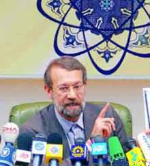 Laricani: İran parlamentosunun UAEK ile işbirliğini gözden geçirilmesi yönünde aldığı karar inceleniyor