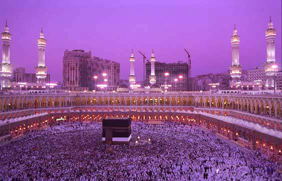چیزهایی که بر محرم حرام است (8)