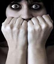 ترس در جوان بیست ساله را چگونه درمان كنیم؟