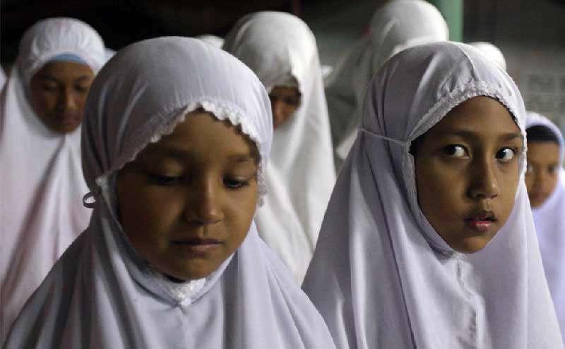 بردن كودكان به مسجد