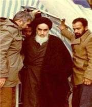 اقتدای امام  به سرور آزادگان جهان