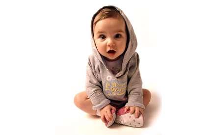نوزاد با مزه و خوردني