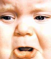 پوشش و آرایش مادر در منزل در برابر فرزند پسر؟