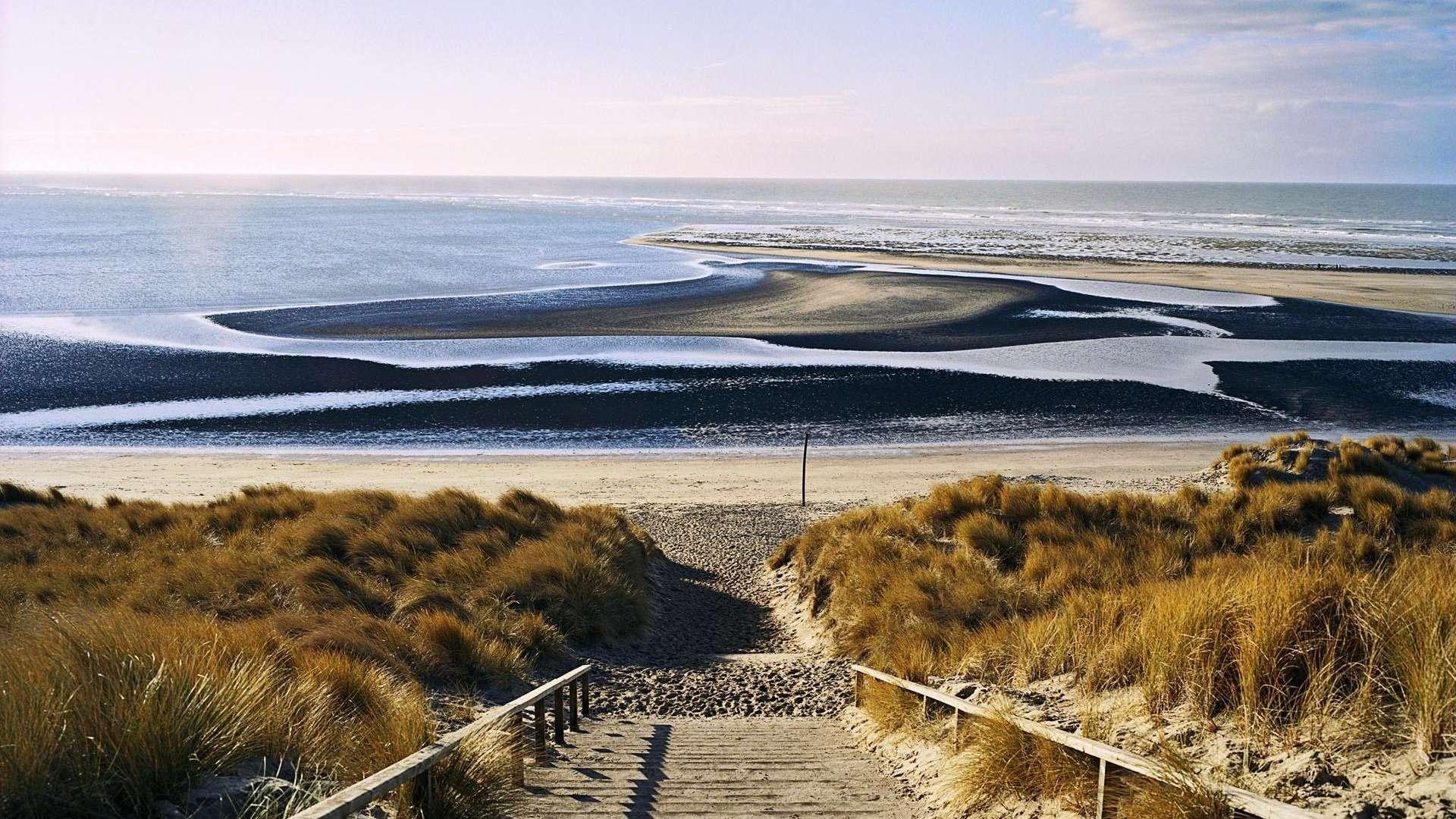نتیجه تصویری برای دانلود صدای شرشر آب رودخانه آرامش بخش | دانلود صدای آب و ساحل دریا | صدای طبیعی اقیانوس