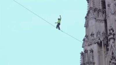 طناب باز کلیسای سنت استفان