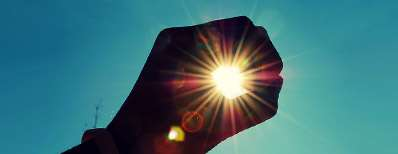 نور زیاد چشمتان را اذیت میکند؟