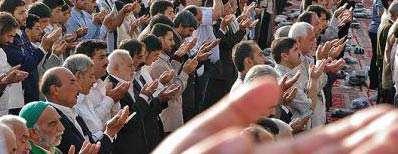 چگونه در نماز حضور قلب پیدا کنیم؟