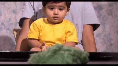 کودک انسان (تقلید و ربات )