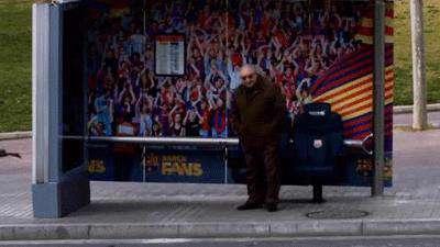 دوربین مخفی نیمکت بارسلونا