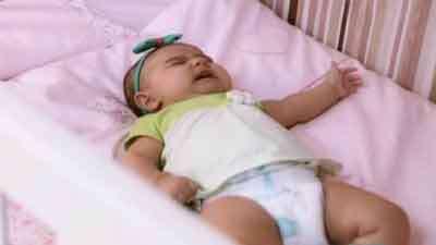 علل گریه نوزاد ( کودک پروری )