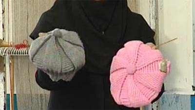 بافت خروس با دو میل تبیان بافت یک مدل کلاه