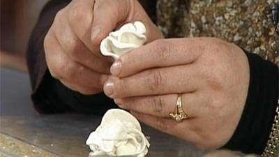 تزئین ظروف هفت سین با گل چینی (3)