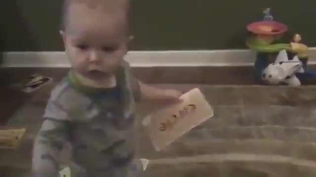 بچه باهوش