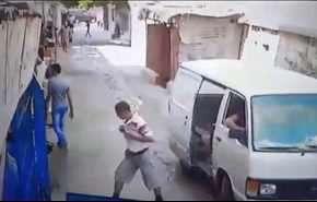 لحظۀ دستگیری یک تروریست داعشی در لبنان