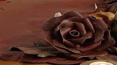 گل رز چرم