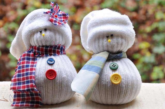 آدم برفی های جورابی بسازید