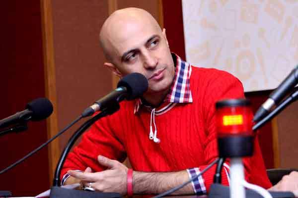 دفاع منتقد سینما از «نرگس آبیار» در مقابل گلایه «حاتمی کیا»