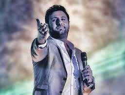 اجراى آهنگ «عشقم این روزا» در کنسرت جدید «محمد علیزاده»