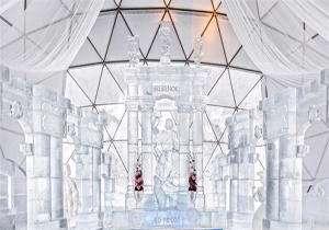 ساخت کلیسایی از یخ