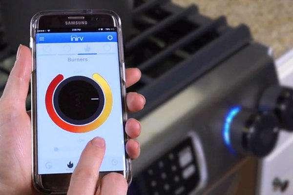 کنترل اجاق گاز از راه دور با استفاده از پیچ تنظیم شعله هوشمند