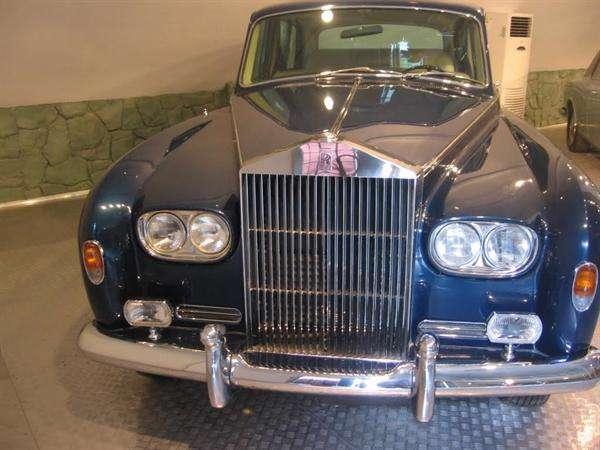 «رولزرویس سوپرلوکس» اشرف پهلوی در کاخ سعدآباد تهران