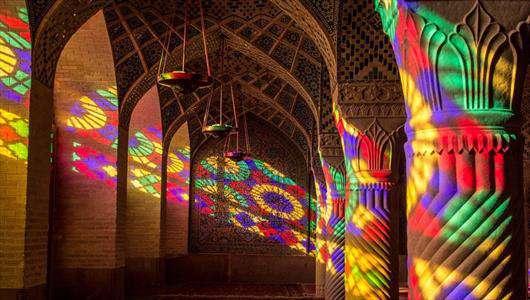 بازی رنگ ها در مسجد نصیرالملک شیراز+گالری عکس