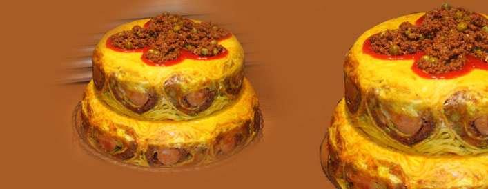 بفرمایید کیک ماکارونی دو طبقه!