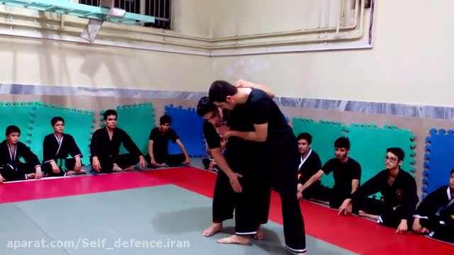 تکنیک دفاع شخصی رهایی گردن در درگیری