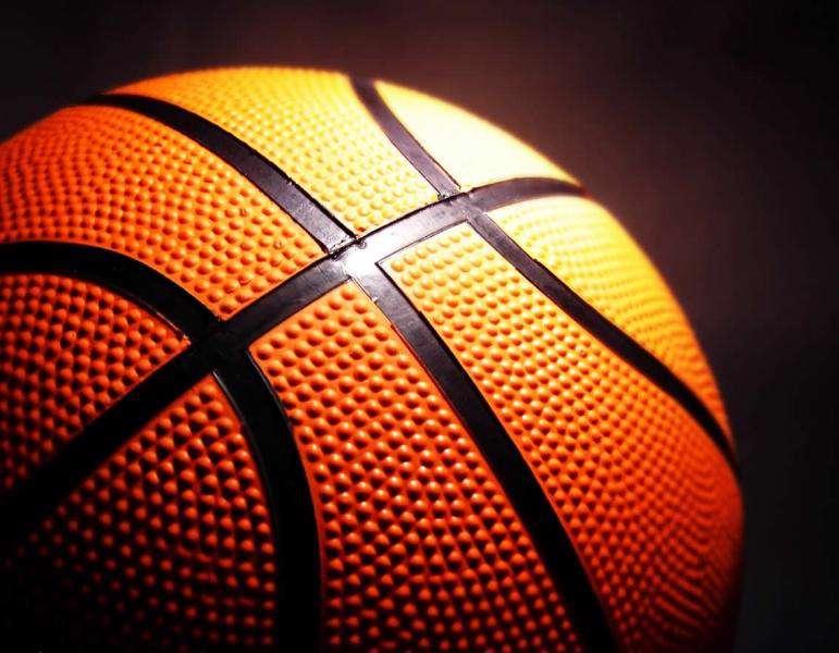 دختران خط شکن بسکتبال