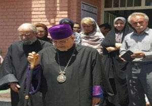 اظهارات جالب اسقف اعظم ارامنه در روز انتخابات