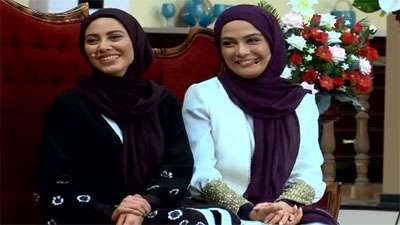 دورهمی با خواهران بازیگر