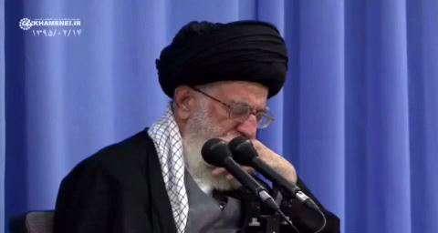 مرثيه امام کاظم علیهالسلام در حضور رهبر انقلاب