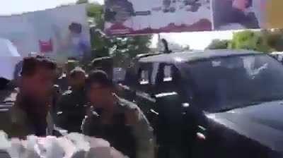 ممانعت مردم از ورود وزیر داخله افغانستان برای عیادت از زخمیان حادثه تروریستی کابل